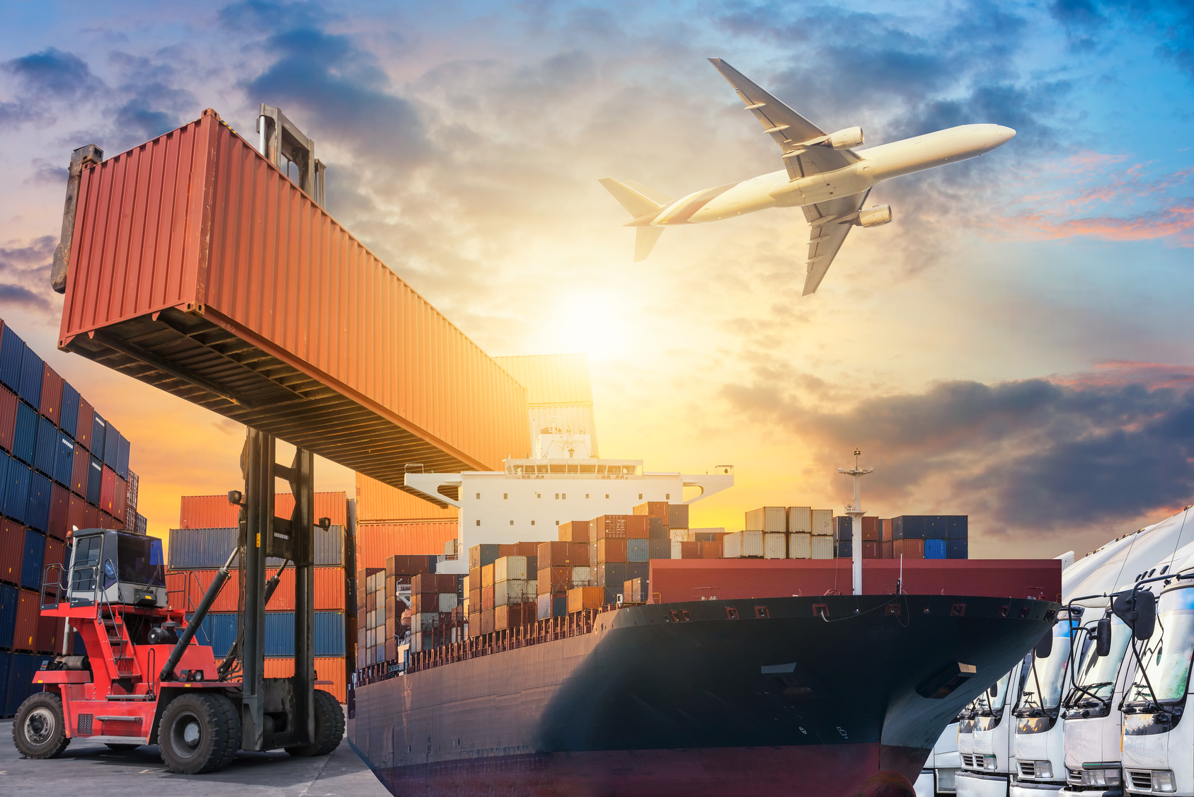 S2M Freight Services Pte Ltd provide international air and sea freight forwarding and trucking logistics