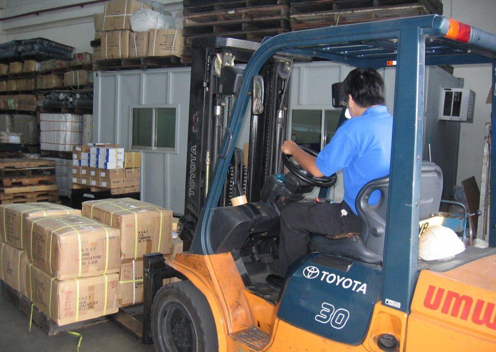 S2M Freight Services Pte Ltd Warehouse Logistics Forklift