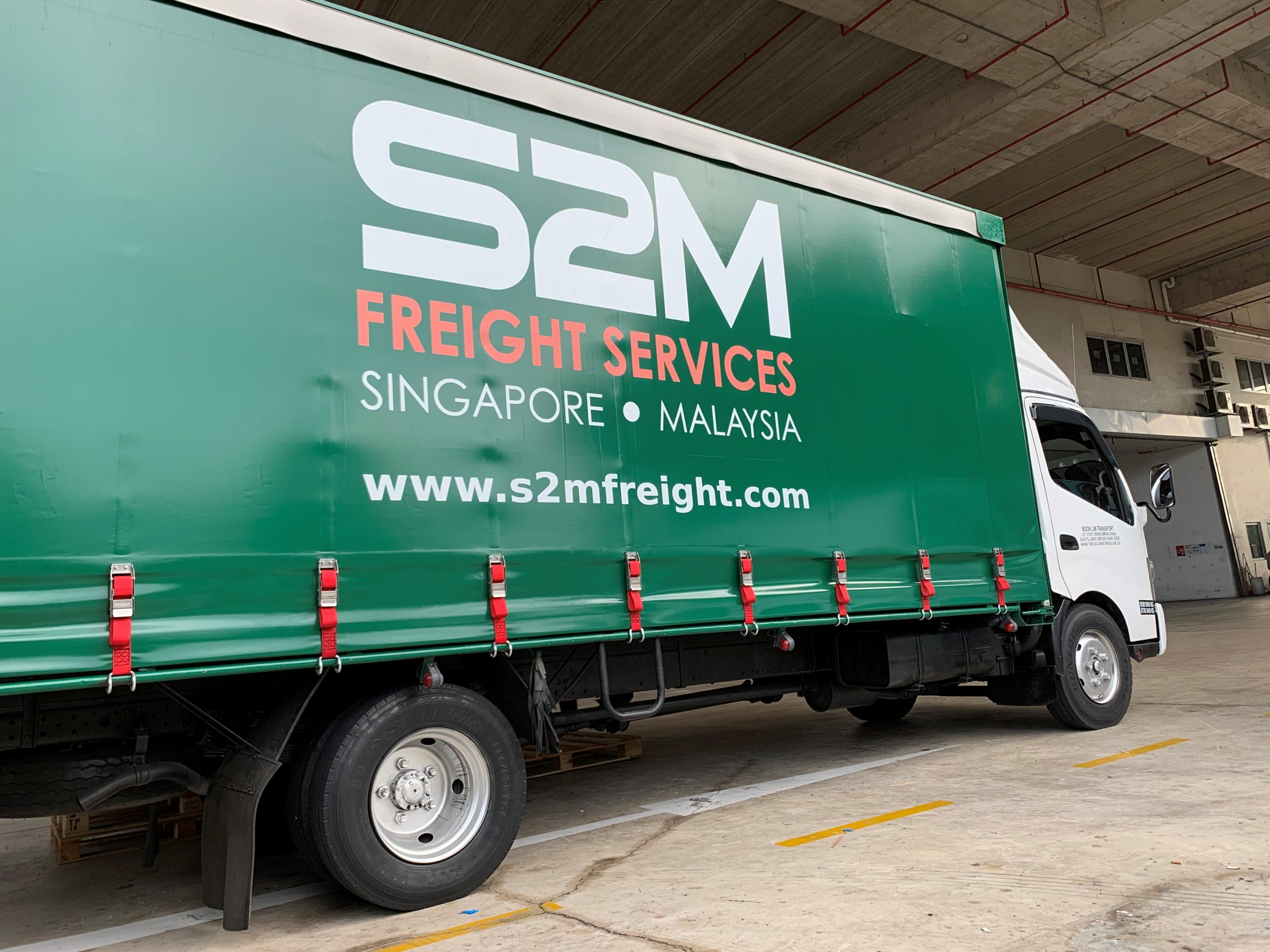 s2m freight lorry truck